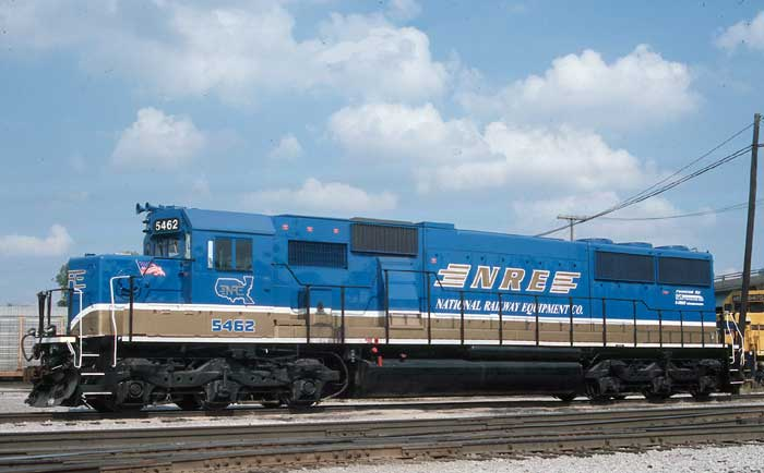 Roster Photo:  NREX SD50 #5462 wears new NREX lettering and colors.